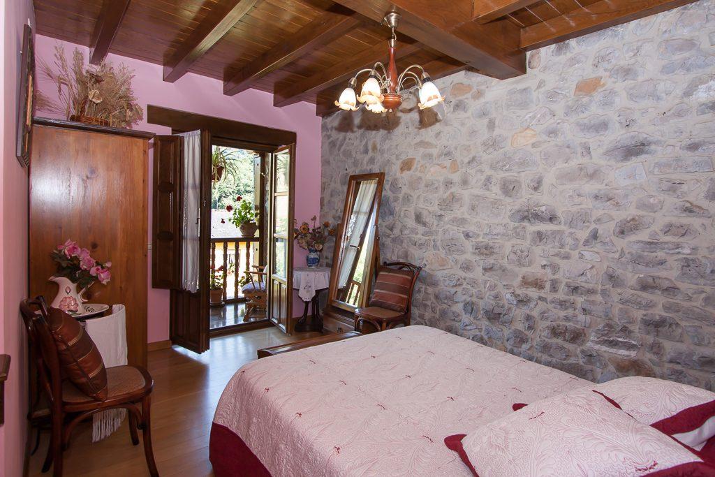 casa-rural-caserio-san-pedro-habitacion-doble-C-1