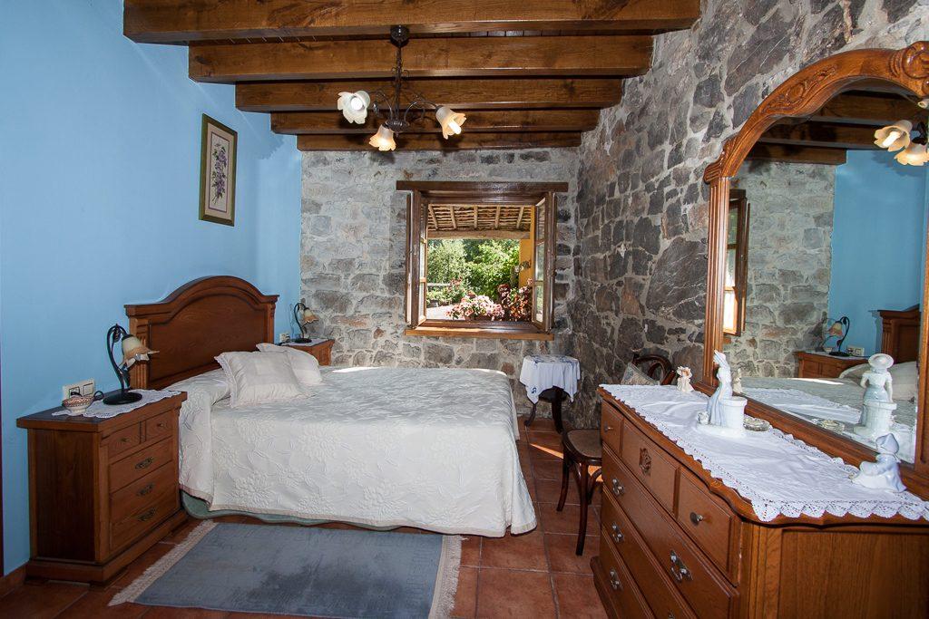 casa-rural-caserio-san-pedro-habitacion-doble-a-2