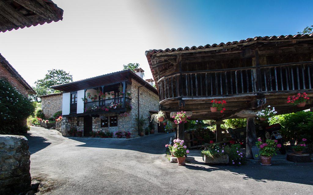 casa-rural-caserio-san-pedro-i-desde-horreo-1-2