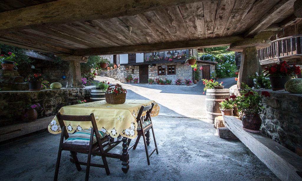 casa-rural-caserio-san-pedro-i-desde-horreo-1-5