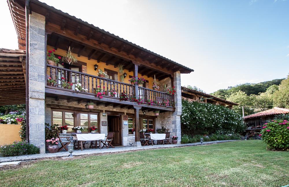caserio-san-pedro-II-exterior-porche-entrada-principal-5670